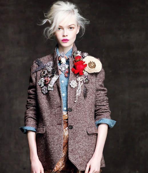 CUSTOmizar chaqueta de tweed y camisa denim con broches vintage baratos de strending