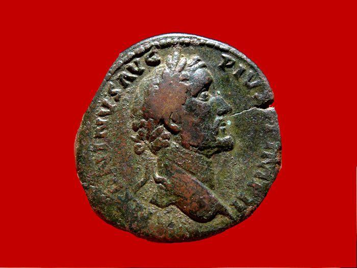 Romeinse rijk - Antoninus Pius (138-161 A.D.) bronzen sestertius (2400 g 31 mm). Rome mint. 156-157 A.D. TR POT XX COS IIII / S C Securitas gezeten.  Romeinse rijk - Antoninus Pius (138-161 A.D.) bronzen sestertius (2400 g 31 mm). Rome mint. 156-157 A.D. TR POT XX COS IIII / S C Securitas gezeten.ANTONINVS AVG PIVS P P IMP II laureaat hoofd van Antoninus Pius naar rechts met lichte gordijnen op zijn linker schouder.TR POT XX COS IIII / S C Securitas zittend links een scepter in haar…