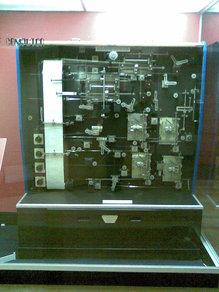 Mechanical Analogue Computer