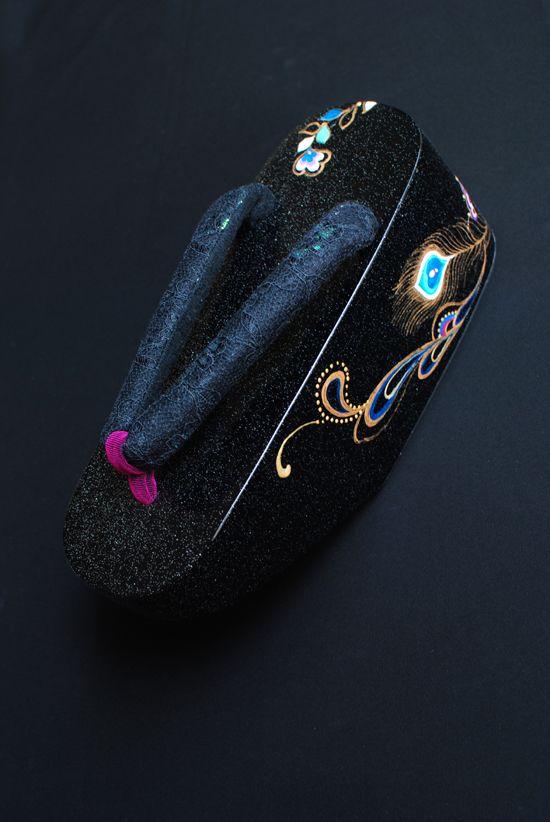Japanese koppori (maiko's shoes) designed by Saori Kanda