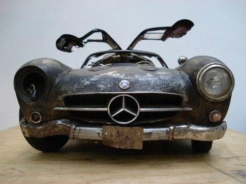My favourite Mercedes doing the broken doll.