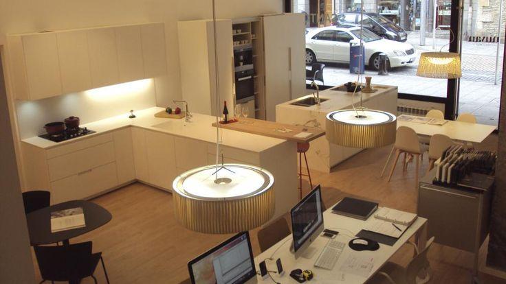 83 best kitchen showrooms images on pinterest - Sofas baratos en guipuzcoa ...