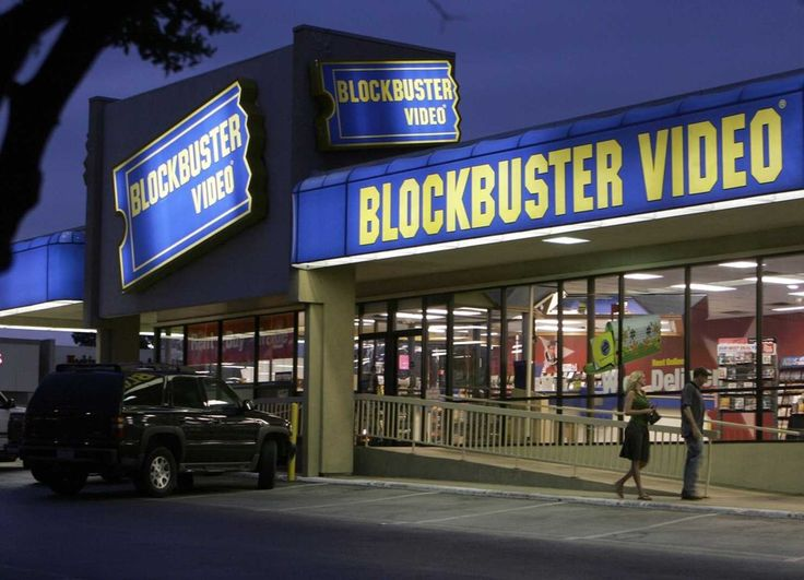 Are traditional college campuses going the way of Blockbuster and Circuit City?