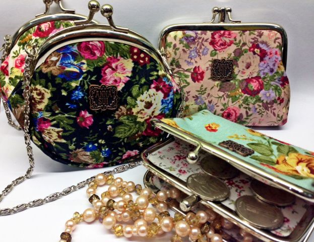 Anna Sui Flowery Mini Purse