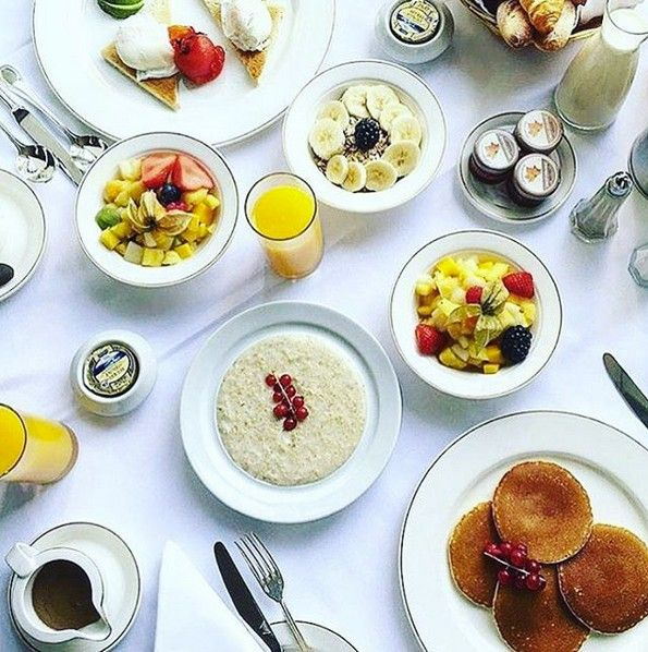 Monday blues? Get energized with our delicious and nutritious superbreakfast!  Photo by julieagoraki/ Instagram