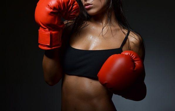 Boxing : Ένα εξαιρετικά ωφέλιμο άθλημα για άνδρες ... αλλά και για γυναίκες !