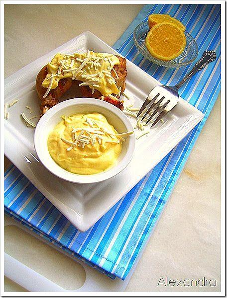 Μια σως μοναδικά  νόστιμη για ψητό κοτόπουλο…και όχι μόνο….   Υλικά   1/2 κούπας μαγιονέζα 1 κ.σ. λεμόνι 1 κ.σ. μουστάρδα  κεφαλοτύρι για ...
