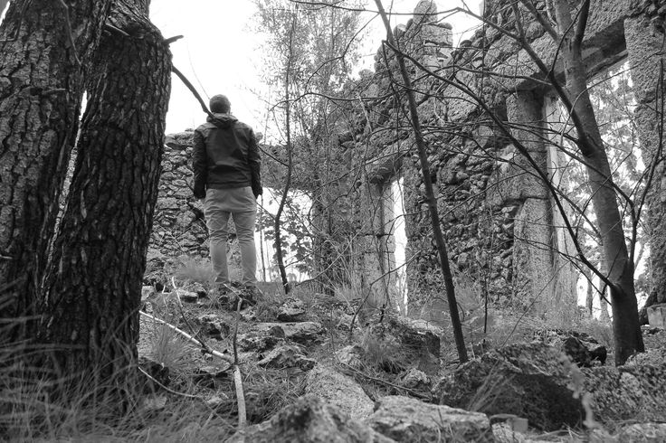 Serra da Estreal - Self portrait abandoned house