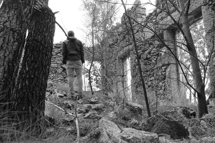 Serra da Estreal - Self portrait abandoned house