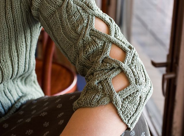 Ravelry: Tantu's Wear My Heart Upon My Sleeve - slight alteration of a basic sweater pattern = awesome results!