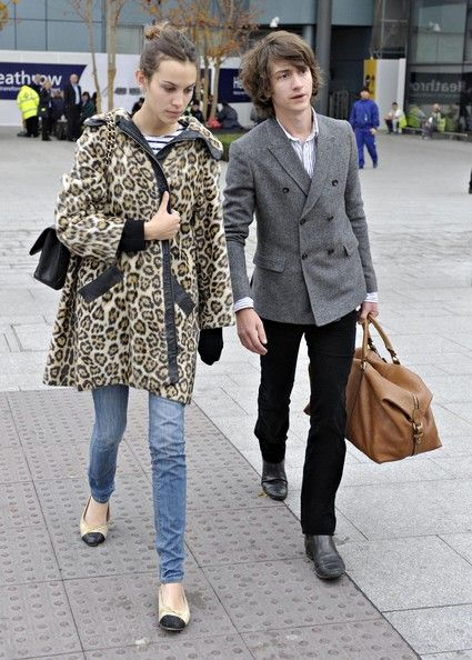i love alexa chung's style. i love leopard print! (i kinda adore alex turner as well)