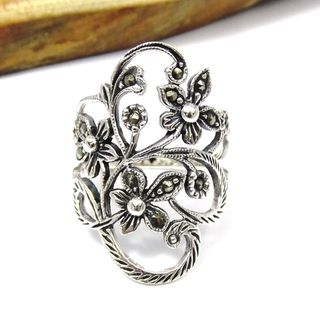 Beautiful Marcasite Flower Vine .925 Silver Ring (Thailand)