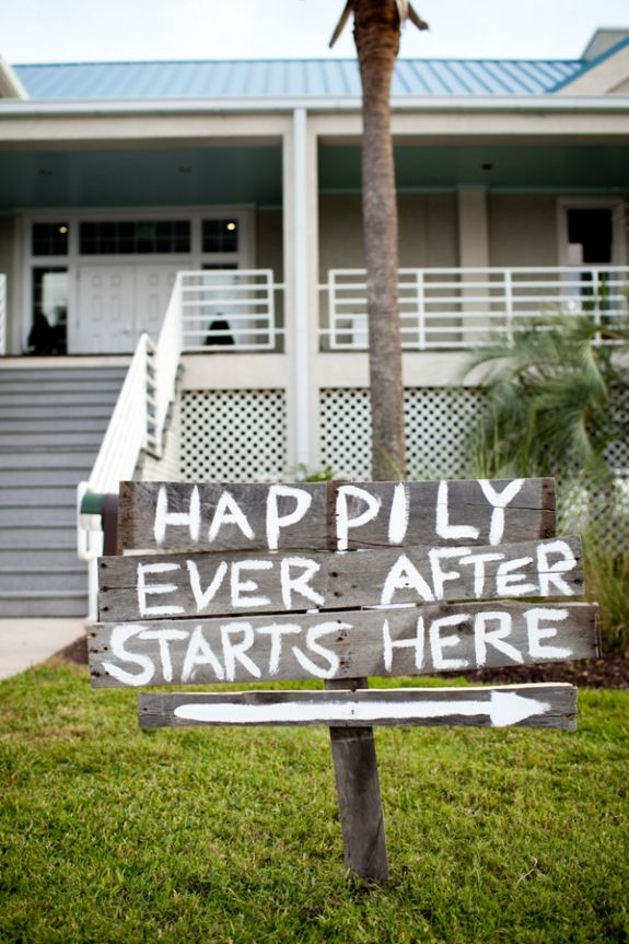 Charleston wedding on Isle of Palms at the Citadel Beach House via Carmen Ash Photography