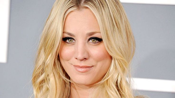 Kaley Cuoco Gets Cover Up Tattoo Following Split With Ex-Husband Ryan Sweeting, See It Here - http://www.thebitbag.com/kaley-cuoco-gets-cover-up-tattoo-following-split-with-ex-husband-ryan-sweeting-see-it-here/121448