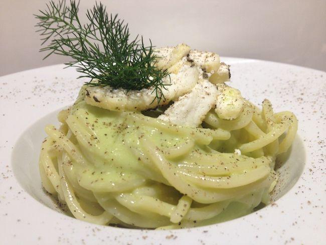 Pasta con pesto di piselli e ricotta al finocchio | Food Loft - Il sito web ufficiale di Simone Rugiati