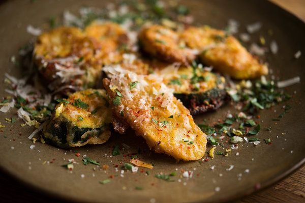 infinity spices: Fried zucchini  This is the perfect recipe for cru...