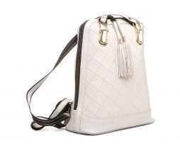 Luxusný-kožený-ruksak-z-pravej-hovädzej-kože-so-strapcami-č.8661-vo-svetlo-šedej-farbe-2