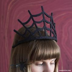 Rule like a true ghoul! Our felt spider web crown is the perfect accessory for a Halloween queen. Simple to craft and as spooktacular as can be!