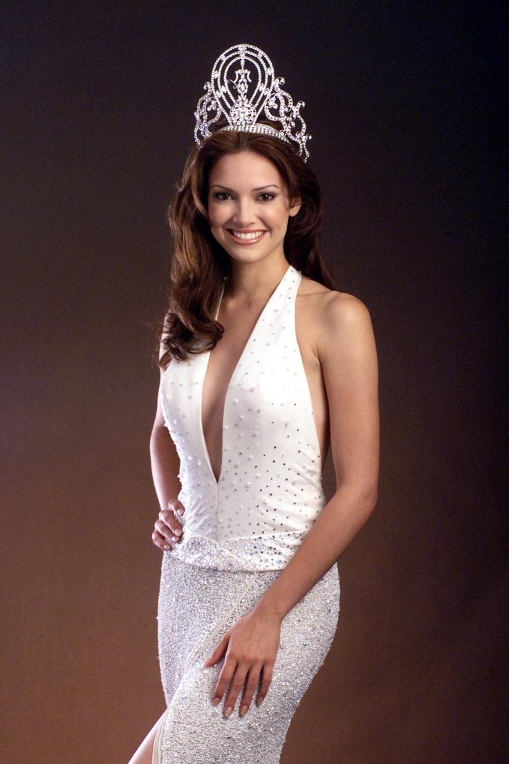 Miss Universe 2001  Miss Puerto Rico  Denisse Quinones