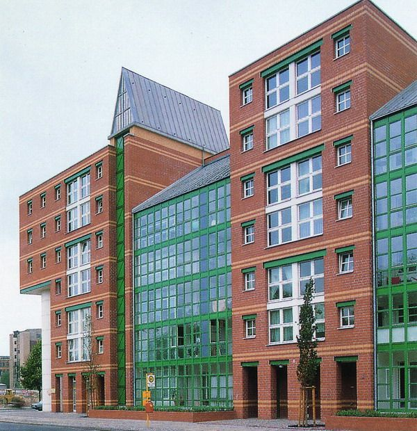 115 best images about aldo rossi 1931 1997 on pinterest for Apartamentos en berlin