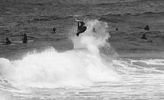almasurf.com Clipe mostra freesurf de Medina na Gold Coast, Austrália. Assista!