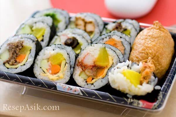 Cara Membuat Sushi Jepang Ala Indonesia dan Resep Sushi Sederhana Lengkap Olahan Sushi Matang Rumahan dan Cara Membuat Sushi Nori dan Macam-macam Sushi Roll