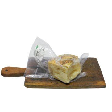 Canestrato di Moliterno è una, duro, formaggio pecorino italiano a base di latte ovino e caprino nel comune di Moliterno. contattateci oggi