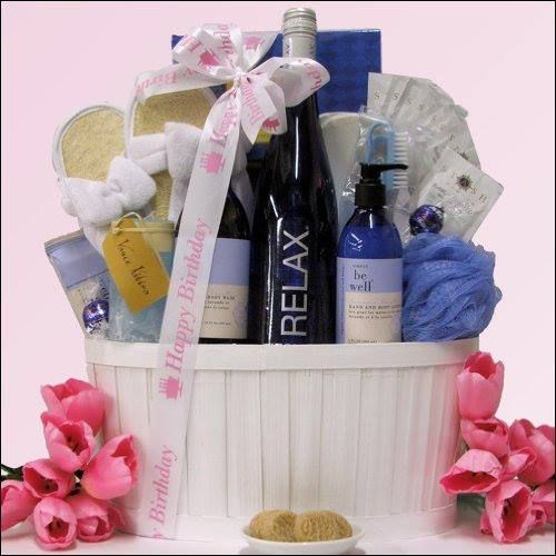 This wine and spa gift basket starts with a bottle of RELAX Mosel Riesling white wine to delight the senses with aromas of fruit and floral notes, and finishes with a selection of gourmet snacks and a luxurious array of products.