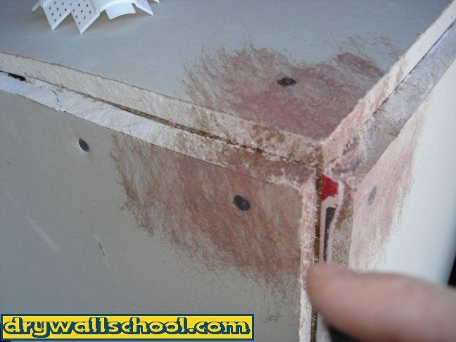 How To Install Bullnose Round Corner Bead On Drywall Drywall Drywall Repair Drywall Texture