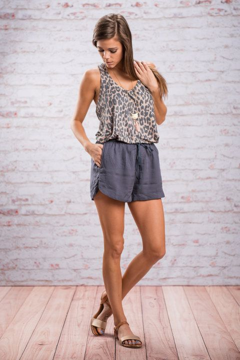 Play It Cool Shorts, Navy || You will have no choice but to play it cool when wearing these shorts! That's because they just are cool! In every sense of the word! The are breezy and casual and most definitely comfy!
