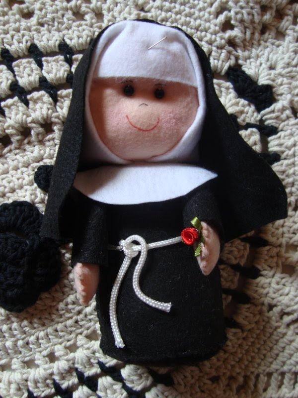 santa Rita em feltro