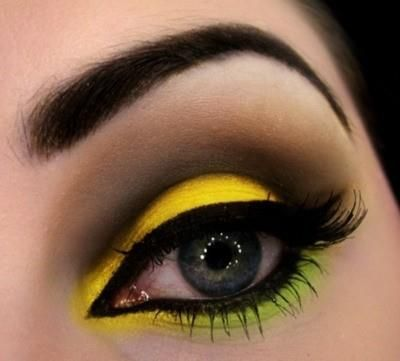 Yellow, green, and brown eye makeup. | Makeup makeup ...