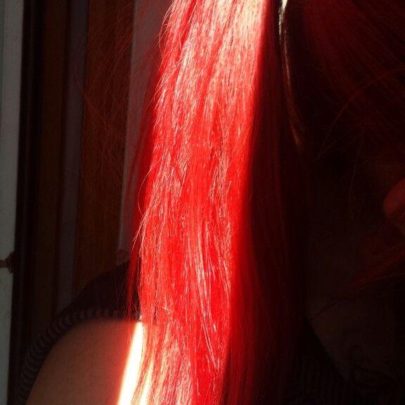 Red Hair #redhair #cheveuxrouge #coloration #semipermanente #red #crazycolor #nofilter #sansfiltre #cheveuxrougespower #sun #blog #makeup #beautyblogger #beautyaddict
