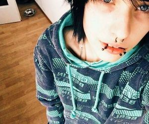 emo❤ por katherin_Uncornio en We Heart It