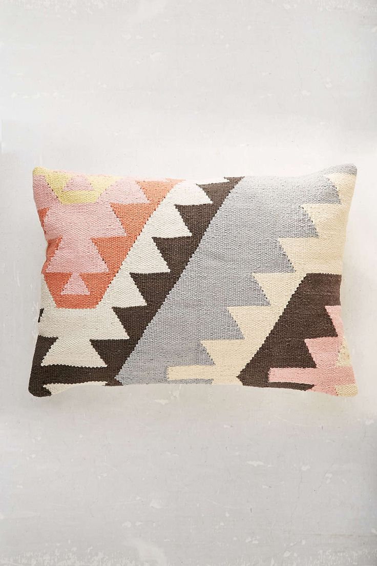 Throw Pillows Urban Outfitters : Plum & Bow Tepeck Kilim Pillow Urban outfitters, Pastel and Weaving patterns