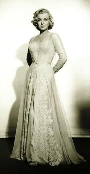 A simple chiffon 1950's style dress can be elevated with lace panels, as shown in Marilyn Monroe's 1950's costume dress.