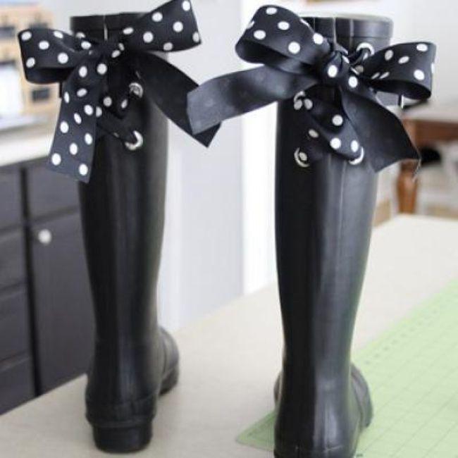 Embellished Rain Boots {Tutorial}