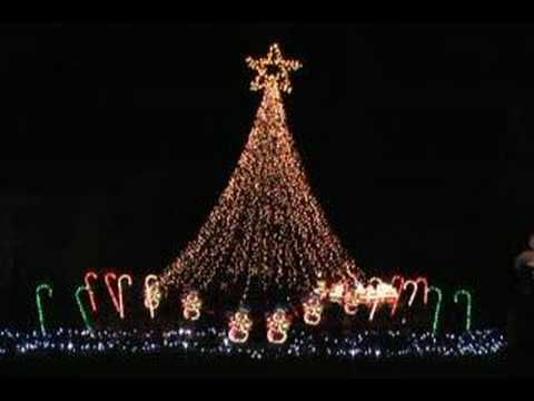 Happy Birthday Jesus song syncronized to Christmas lights. BROOKLYN TABERNACLE CHILDREN'S CHOIR