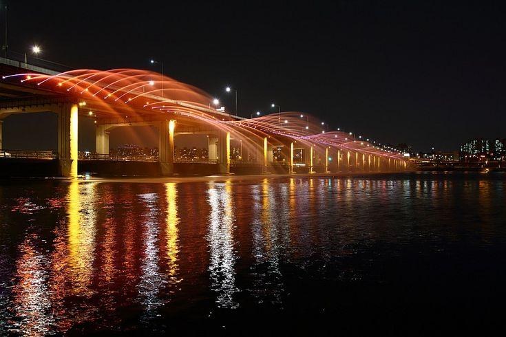 Радужный мост-фонтан «Банпо» в Сеуле (Южная Корея) - Туристический портал - Мир красив!