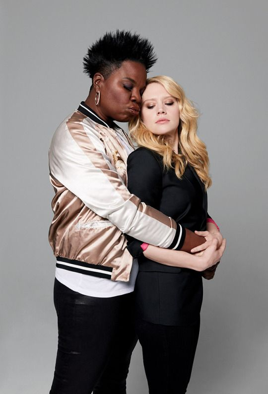 Leslie Jones & Kate McKinnon 2 of the funniest bitches SNL has ever produced
