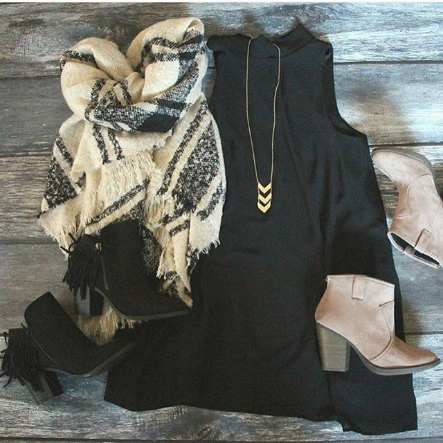 such a cute outfit idea with our plaid oversized blanket scarf only $28…