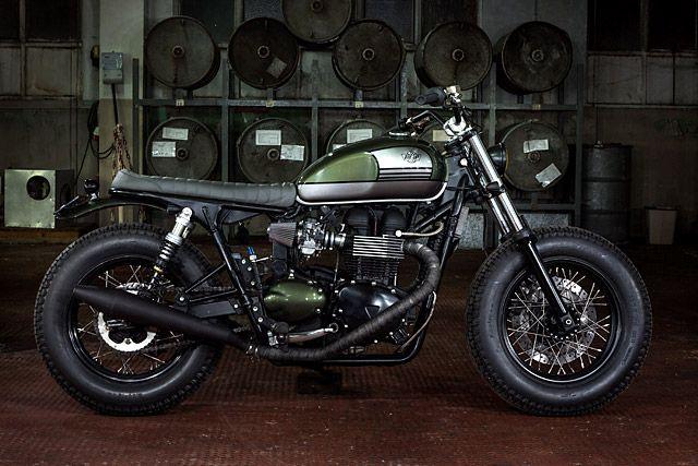 Triumph bonneville brat style by ton up garage motos for Garage auto bonneville
