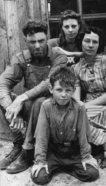 the great depression in arkansas essay This is a sample essay causes and effects of the great depression find more free essays online and other academic papers for colleges/universities here questions thousands of farmers also lost their homes in arkansas and oklahoma.