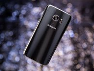 Samsung Galaxy S7 and S7 Edge not quite waterproof, torture tests reveal Warranty-seller SquareTrade abused the latest smartphones from Samsung and Apple and found the Galaxy S7 and S7 Edge survive dunking better, but not without some sonic scars.