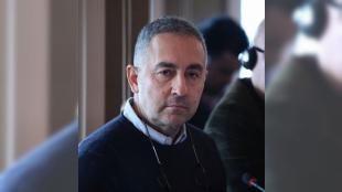 Gazeteci Ergun Babahana gözaltı kararı: İstanbul Cumhuriyet Savcılığı Ergun Babahanın tartışmalara neden olan Faşizme destek veren herkes bedelini ödeyecektir. Buna Kılıçdaroğlu da dahil. Bu henüz başlangıç sözleri nedeniyle suç ve suçluyu övmekten suçundan soruşturma başlattı. Babahan hakkında gözaltı kararı verildi