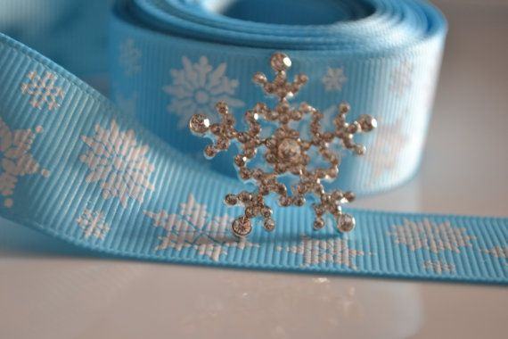 Great for the bow centre for christmas  rhinestones buttons Crown bow and snowflack by Ribbonaira on Etsy, $1.75
