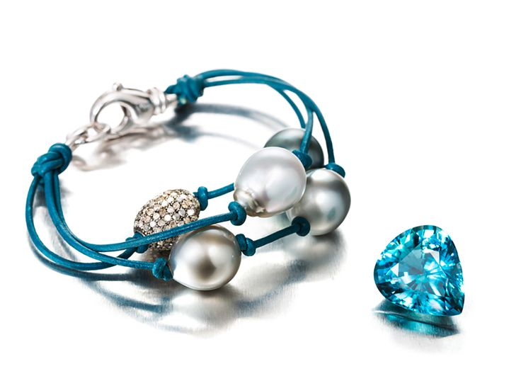 A Leather Cord Bracelet With Tahitian Pearls