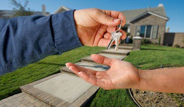 All you need to know about Home exchange For the last decades, home exchange, also known as house swap, is a fascinating way to spend holidays. It is comfortable, it is free and it is simple. All you have to do is to exchange, for a week or more, your house with someone else.