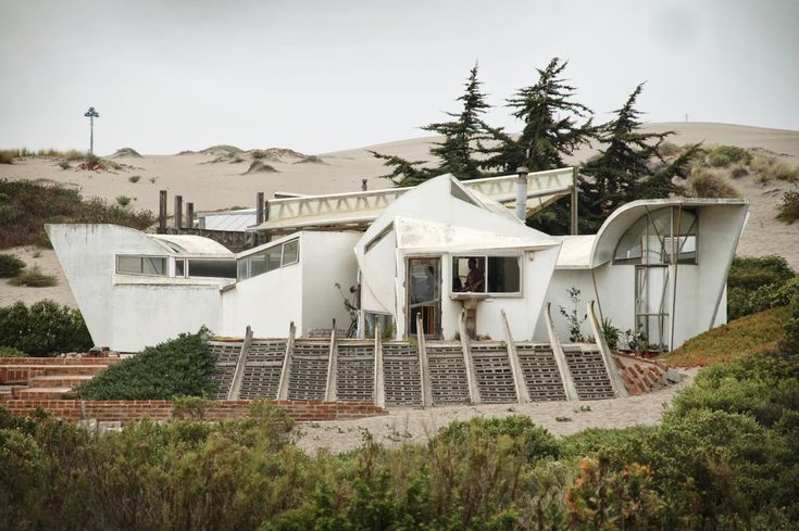 Chile's Ciudad Abierta is a Surreal Architecture Experiment Hidden in the Hills - This is what happened in the 60s!