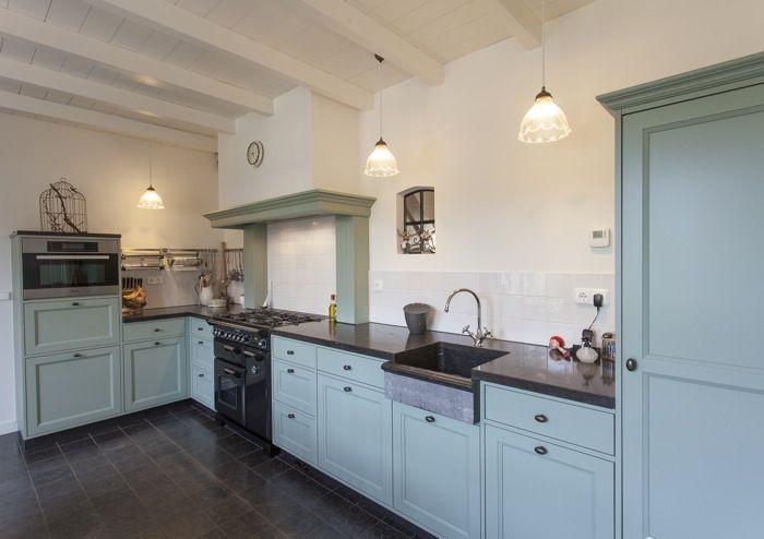 Massief eikenhouten keuken op kleur gelakt in groen blauw bewaren pinterest met and search - Deco keuken kleur ...